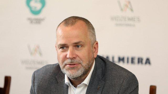 Par Valmieras novada domes priekšsēdētāju ievēlēts Jānis Baiks