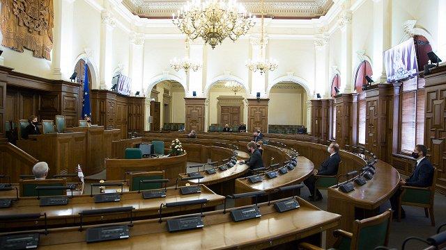 Izmaiņām partiju finansēšanā var pietrūkt Saeimas vairākuma atbalsta