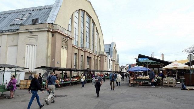 Atkārtoti plāno atjaunot Rīgas Centrāltirgum piegulošo teritoriju
