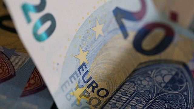 Augstākajām amatpersonām plāno algu kāpumu 2023. gadā