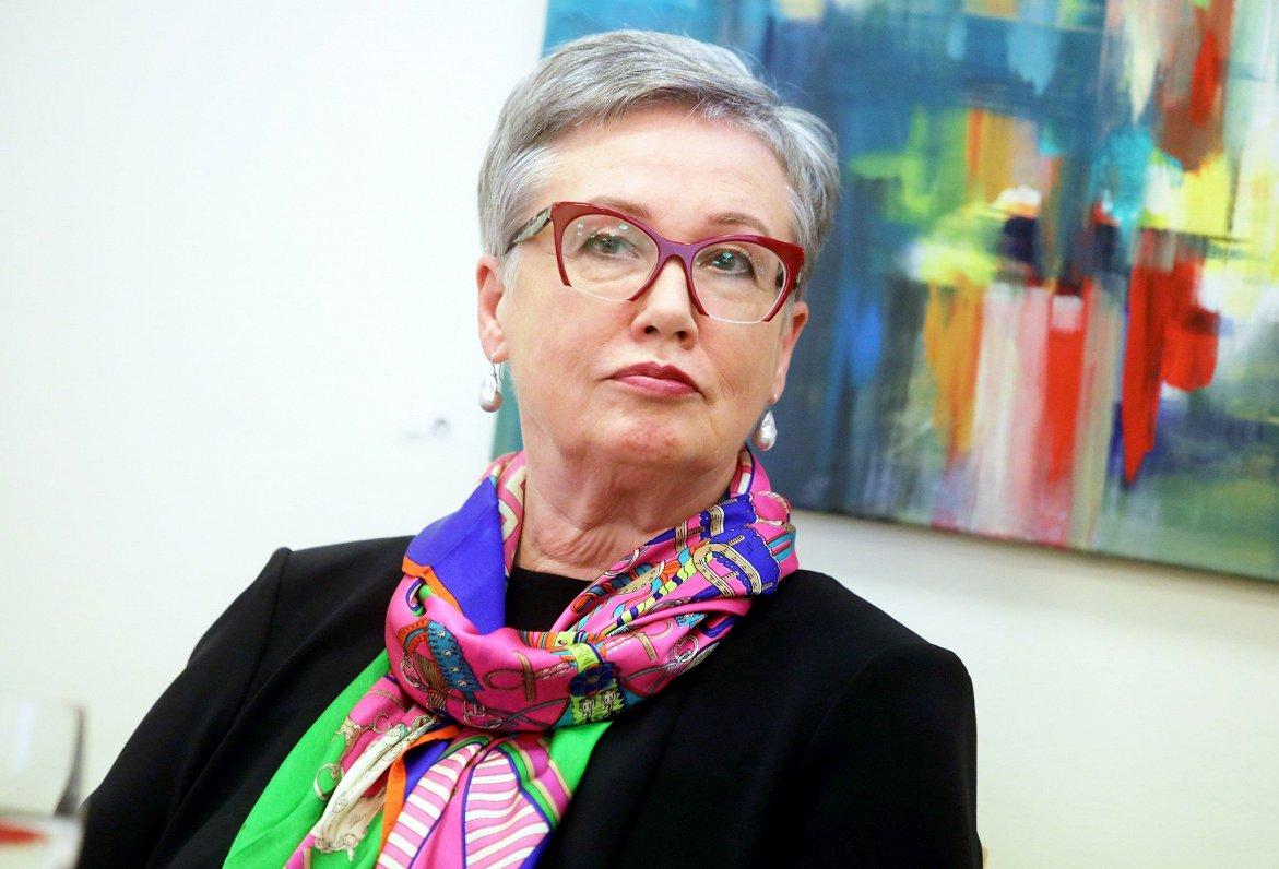 Ozoliņa: ES prasībām un palīdzībai Afganistānai jābūt soli pa solim
