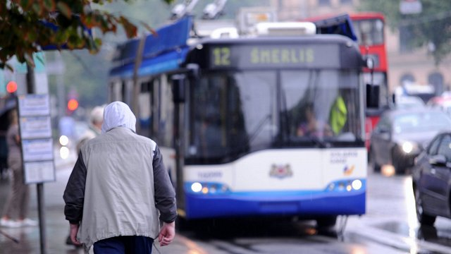 Rīga public transport to introduce electronic tickets soon
