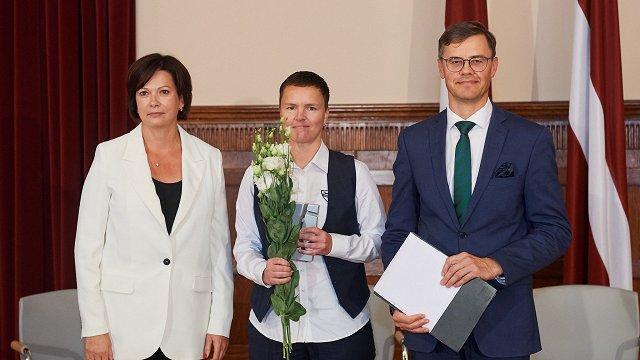 Balvu par sekmīgu pieredzi korporatīvās kultūras veidošanā saņem «Schwenk Latvija»