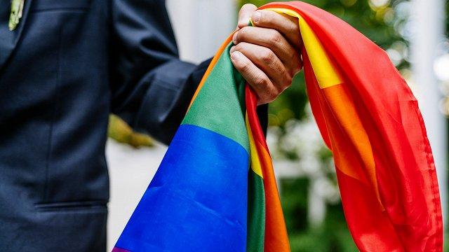 Ko Latvijai nozīmē Eiropas rezolūcija par viendzimuma partnerattiecību atzīšanu?