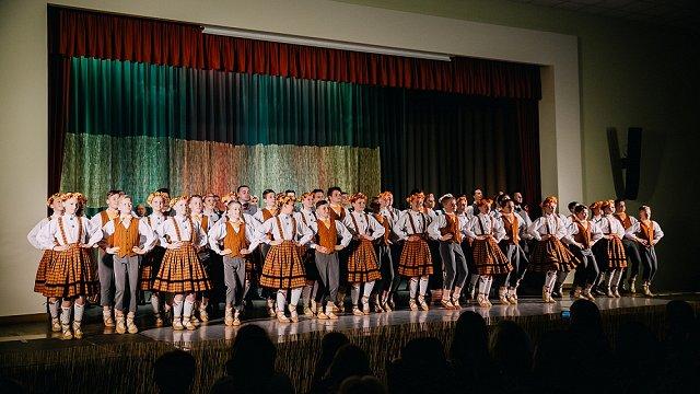 Iemācījāmies vēl ātrāk pielāgoties – Ķekavas vidusskolas dejotāji priecīgi par pieredzi #dziedundejo2021