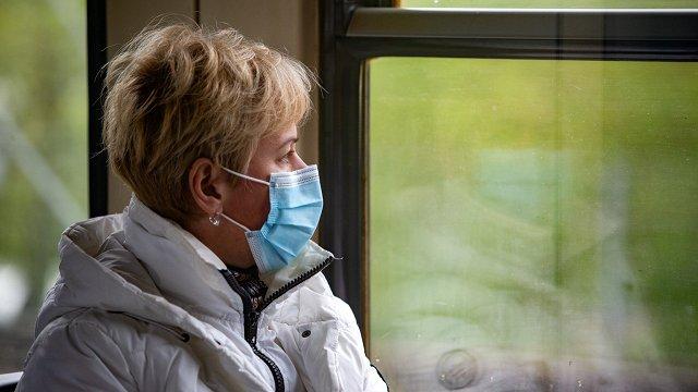 Infektologs iesaka lietot medicīniskās maskas